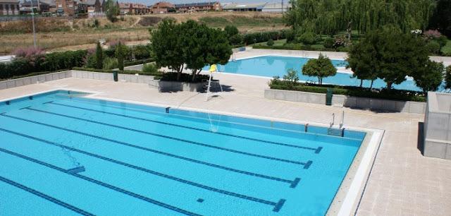 Ya est n abiertas las piscinas de verano en coslada y san for Piscina municipal alcala de henares