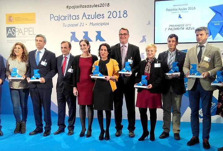 La Ciudad de Coslada obtiene por segundo año el premio Pajarita Azul, concedido por la buena gestión en la recogida de papel y cartón.