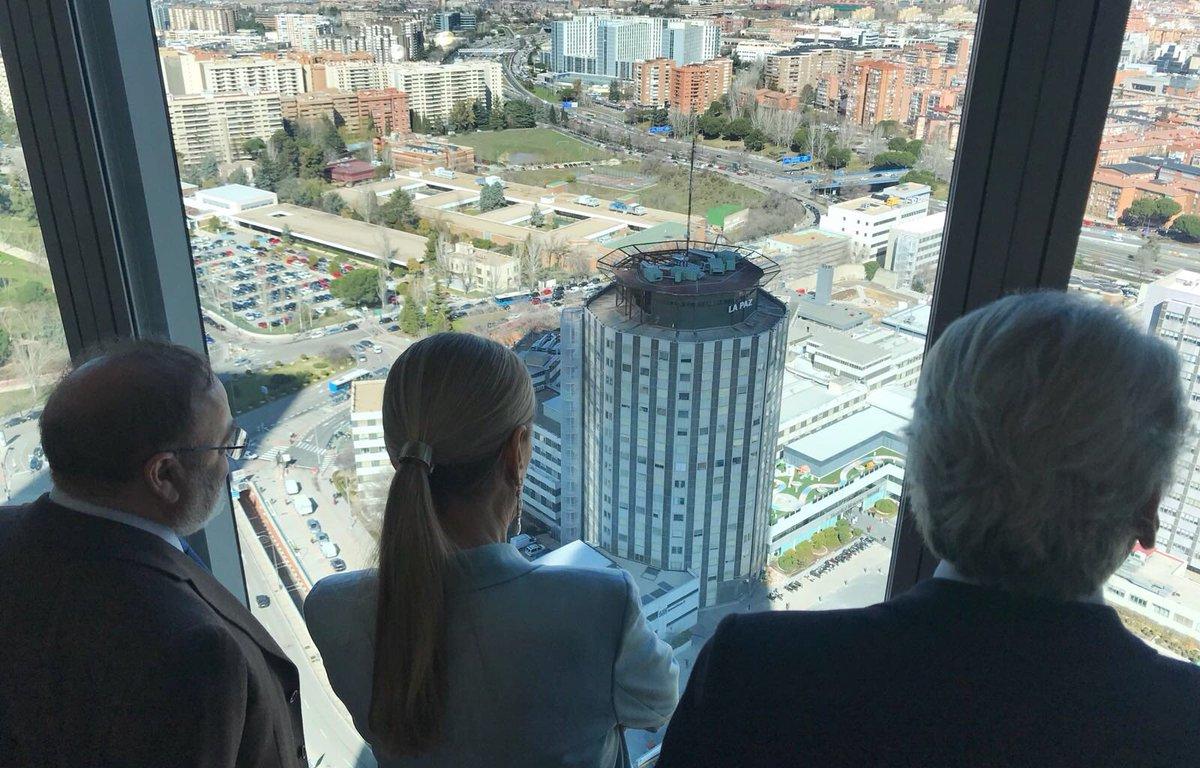 La Presidenta de la Comunidad de Madrid, Cristina Cifuentes,  anuncia que demolerá La Paz y levantará un nuevo hospital en 10 años.