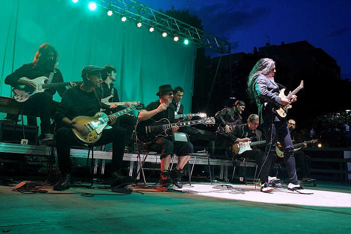 Éxito de público en el concierto de 'Sinfonity' en El Lago de Coslada.