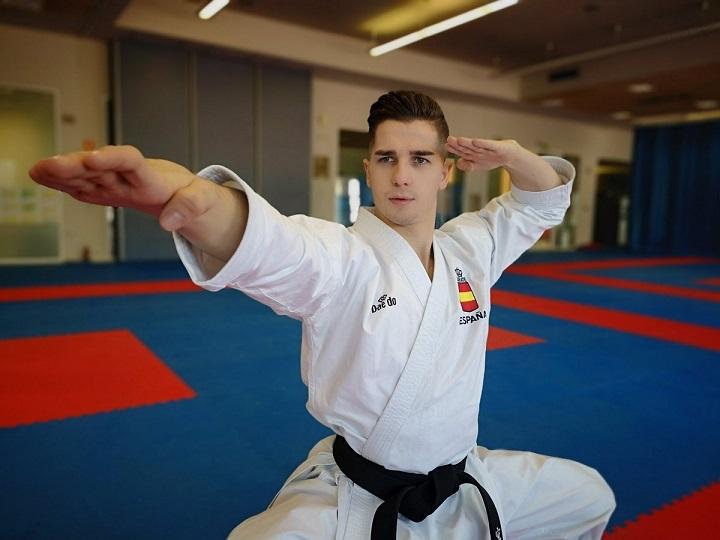 Sergio Galán Oro en la Liga Nacional de Karate.