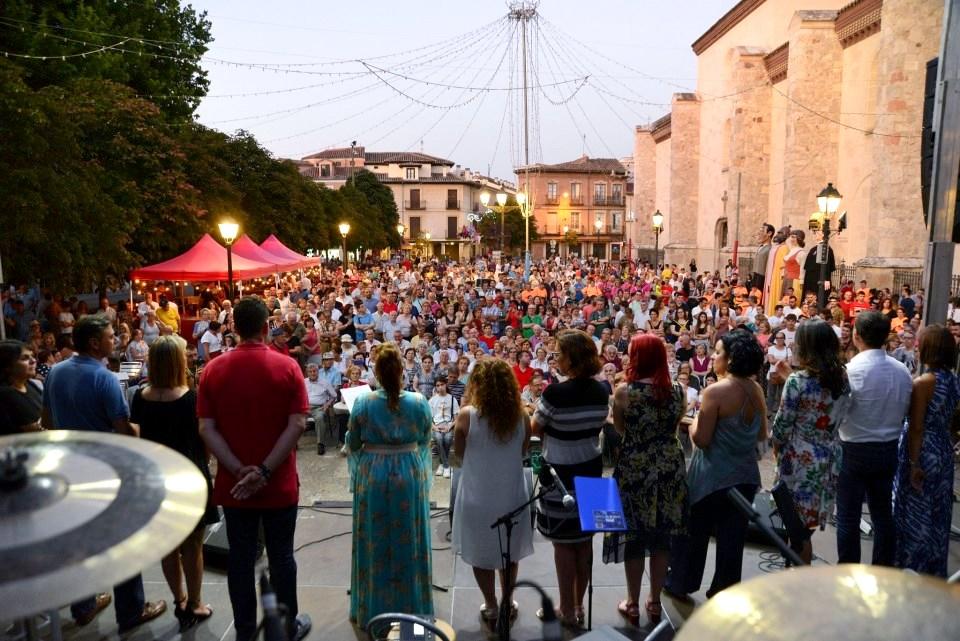Las fiestas de los Santos Niños San Justo y San Pastor, Patronos de Alcalá animan estos días veraniegos.