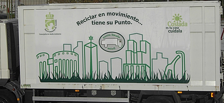 El Punto Limpio Móvil de Verano del Ayuntamiento de Coslada presta servicio hasta el 15 de septiembre.