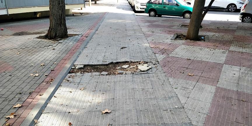 El PP de Coslada denuncia el estado de abandono en el que se encuentra el Barrio del Olivo.