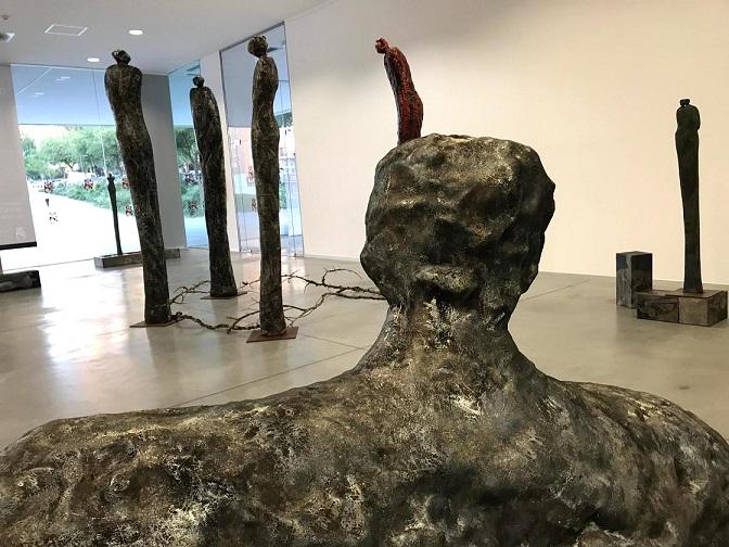 Coslada La exposición de escultura 'Conversación natural' de Carmen Castillo, puede vistarse hasta el 30 de octubre en el Nuevo Centro Cultural de La rambla.