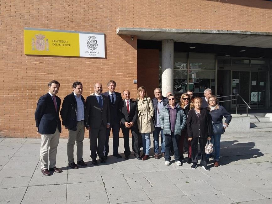 El candidato al congreso del PP Antonio González Terol, visitó Coslada y mantuvo reuniones con empresarios del CTC, acudió a la concentración a favor de las FCSE, y mostró su apoyo a comerciantes de la zona del casco.