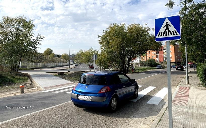 Nuevo paso de Cebra-Sin Semáforo- en  la Carretera de Mejorada, que intenta mejorar la seguridad de acceso al Hospital del Henares.