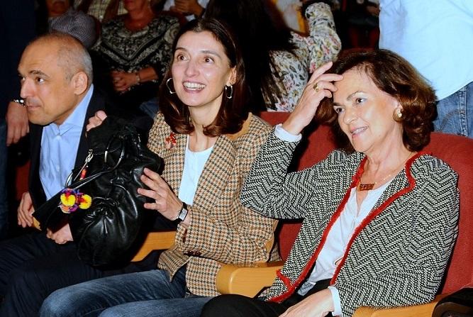 La vicepresidenta del Gobierno en funciones, Carmen Calvo, visitó este domingo San Fernando de Henares en un acto de Precampaña del PSOE.