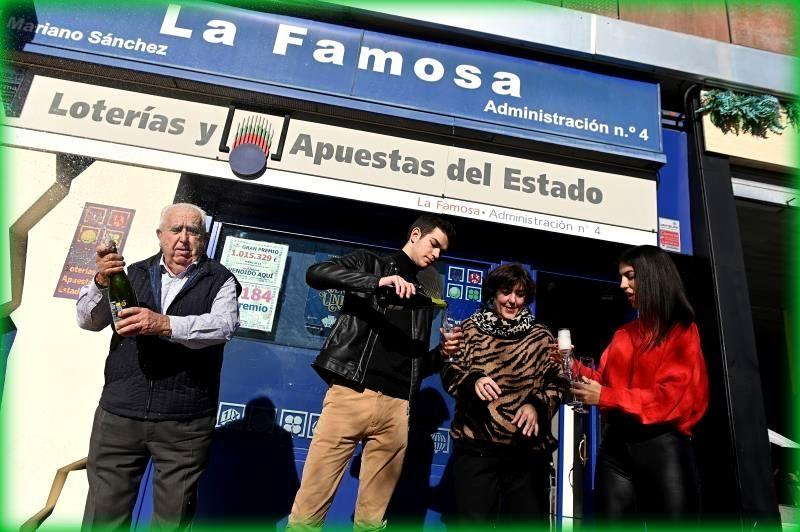 El Gordo del Niño muy repartido y cae también en una administración de Torrejón de Ardoz.