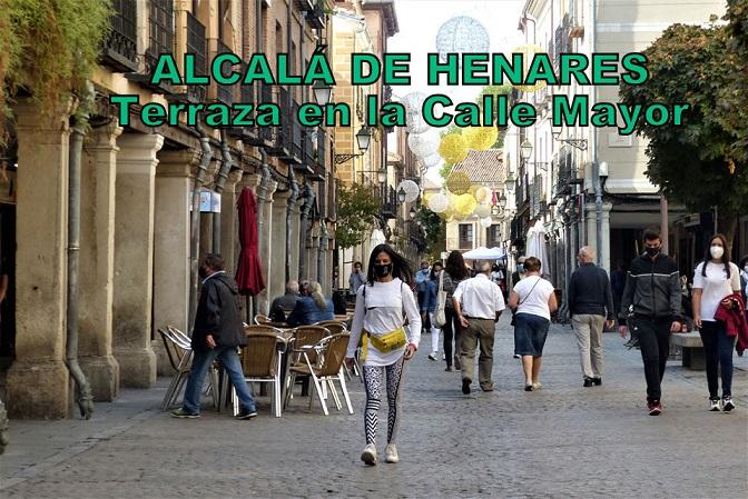 Ayuso pone fin a las restricciones de aforos y horarios en Alcalá de Henares.