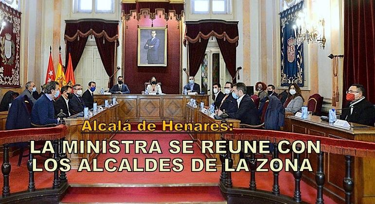 La ministra de Industria, Turismo y Comercio visita Alcalá de Henares y mantiene una reunión con los alcaldes de la comarca.