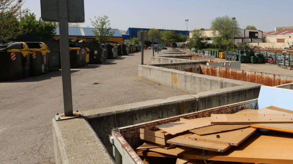 El PP de Coslada denuncia el cierre de las  instalaciones del Punto Limpio en agosto.